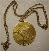 Viking I Landing Mission To Mars Eyewitness 18KT Gold Pendant (Franklin Mint, 1976)