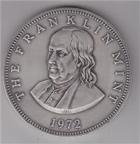 Franklin Mint  1972 Benjamin Franklin Paperweight Medal (Pewter)