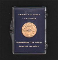 America's 200th Christmas Commemorative Medal Genuine 10K Gold   (Danbury Mint , 1976)