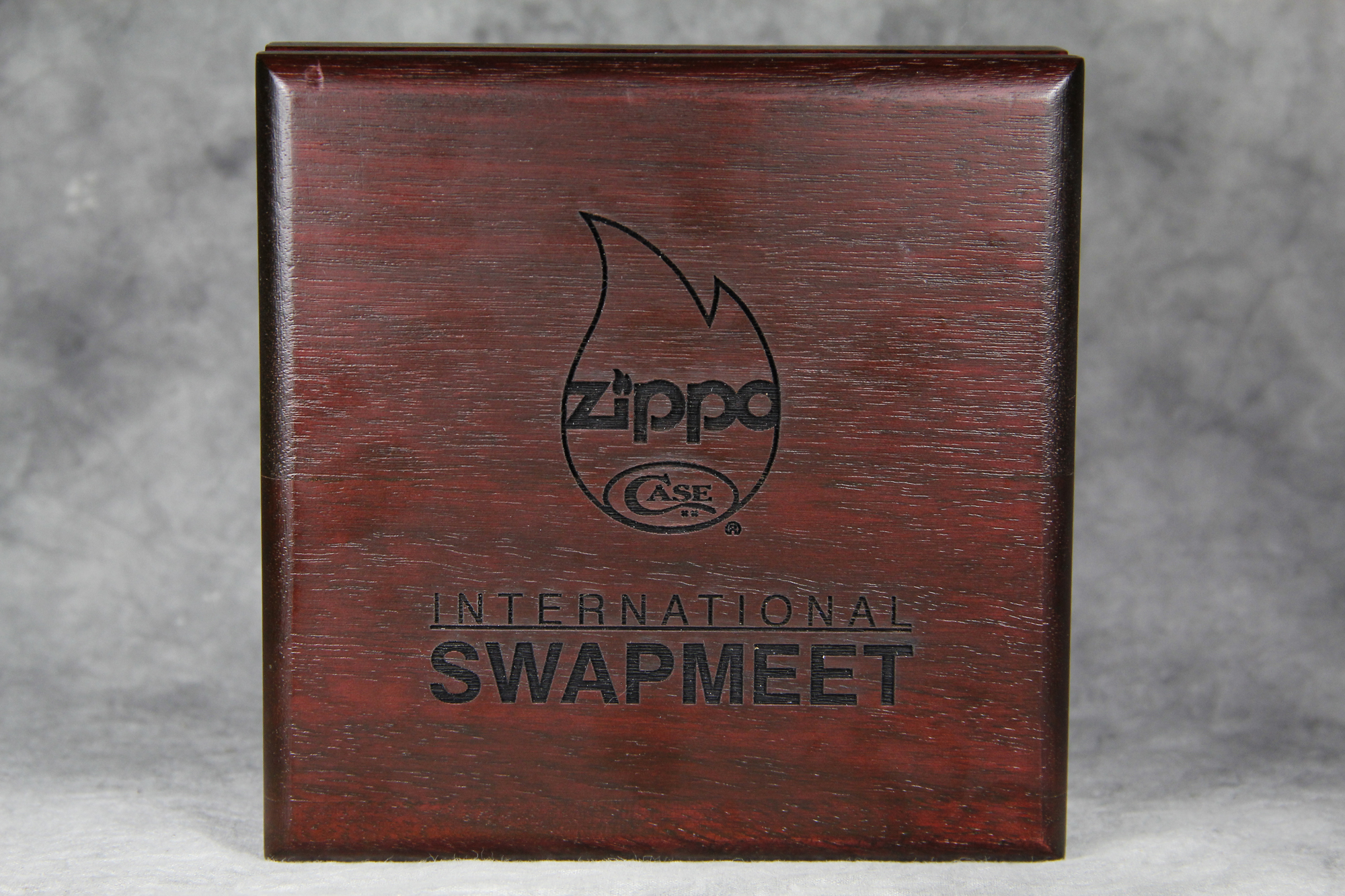 dating zippo boxes Zippo barcroft no 4, 1953 labels:  the zippo barcroft is the proud successor of the zippo #10 which was produced till 1953  mint in box pepe.