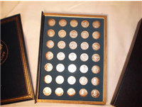 The First Edition Treasury Of Presidential Commemorative Medals   (Franklin Mint)